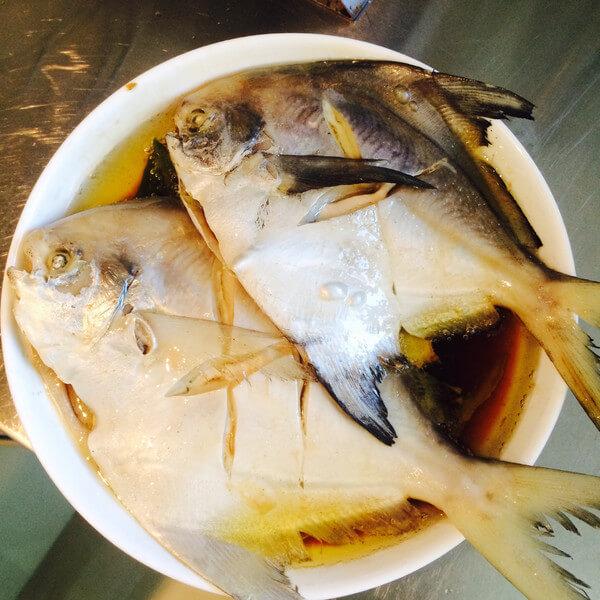 诱人的清蒸鲳鱼