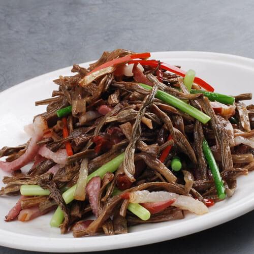 自制豇豆炒肉