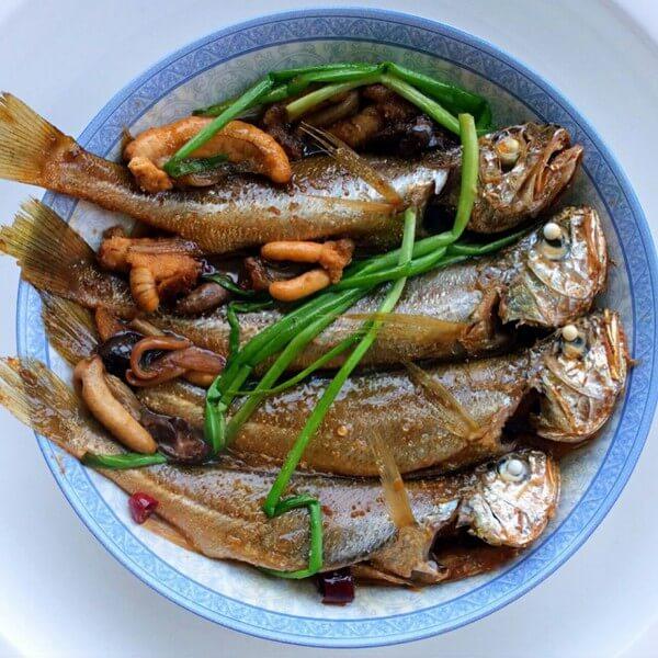 好吃的酥焖小黄鱼