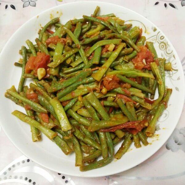 西红柿炒豇豆的做法