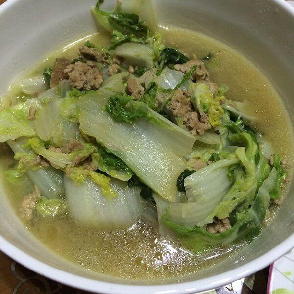 自制白菜炖鸡肉