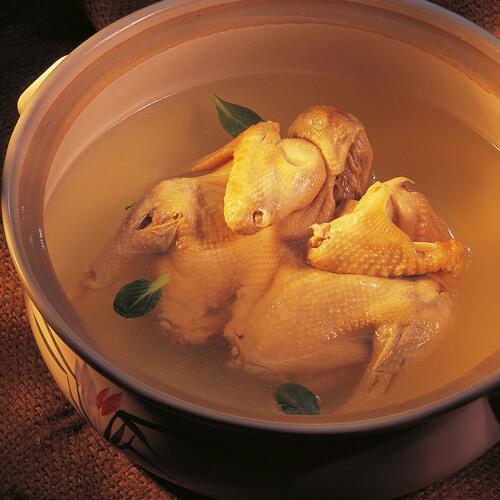 阿胶炖鸡肉