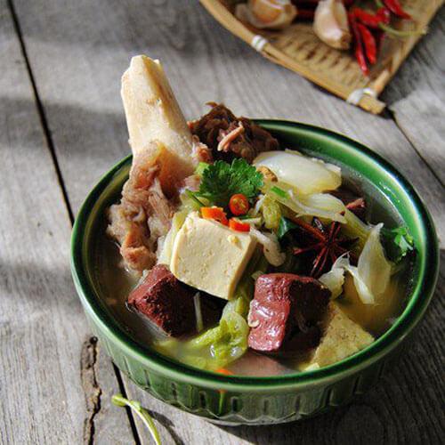猪血煮豆腐