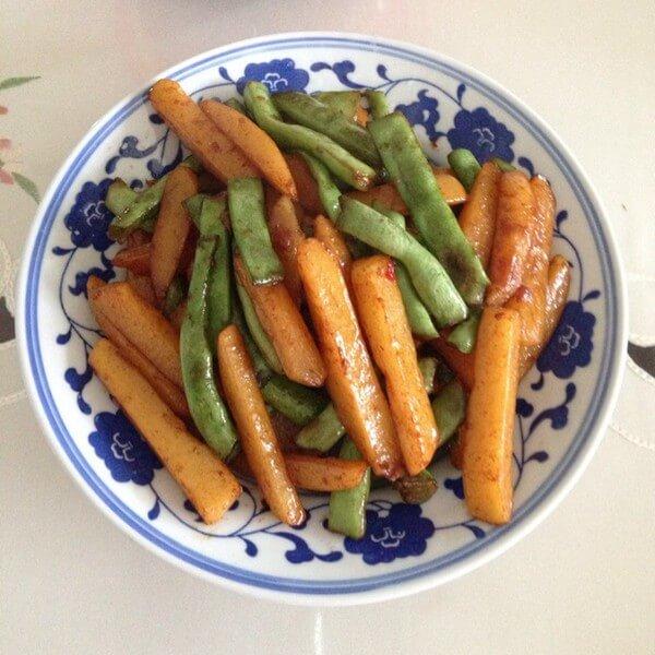 家常菜刀豆土豆