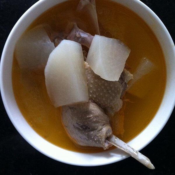 美味酸萝卜老鸭汤的做法