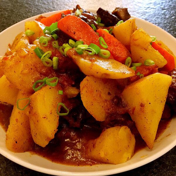 爽口的土豆炖胡萝卜