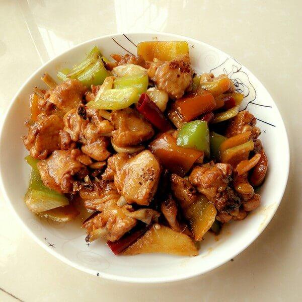 美味的炒鸡翅的家常做法