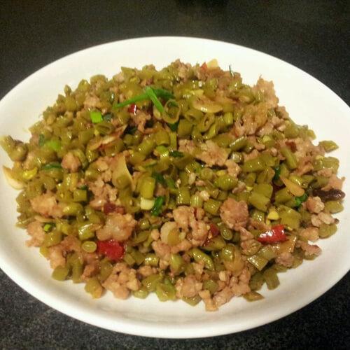 肉沫酸豇豆的做法