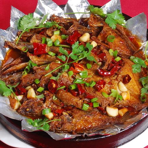 营养石锅焖鱼