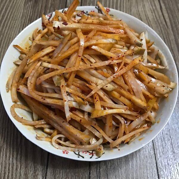 家常葱拌咸菜