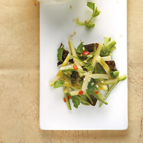 家常凉拌菜笋的做法