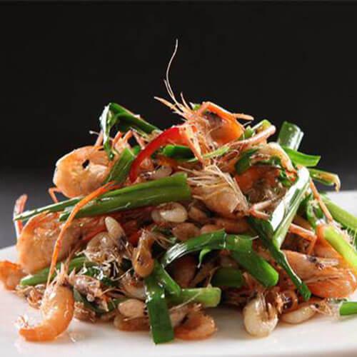 好吃的虾肉炒韭菜