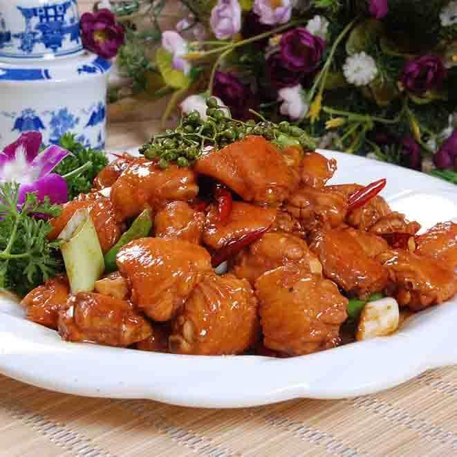 美味的炒鸡翅