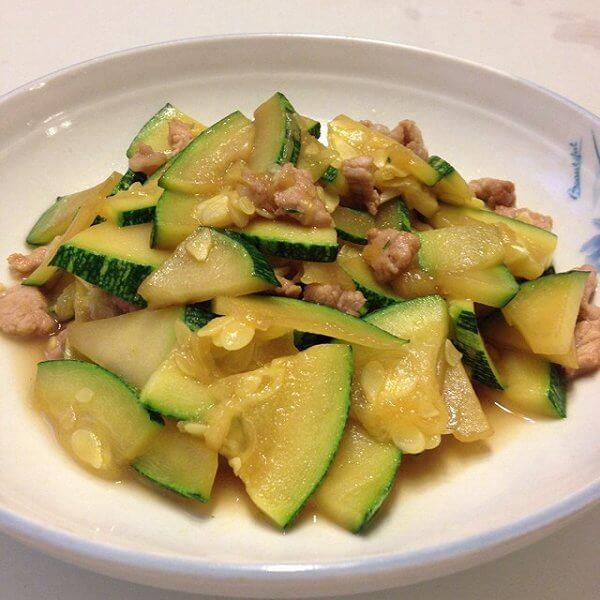 南瓜炒肉片