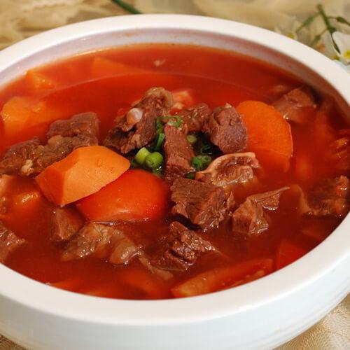 美味传统的牛肉炖萝卜的做法