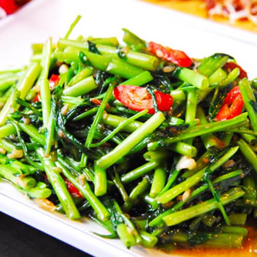 美味的泰式虾酱空心菜