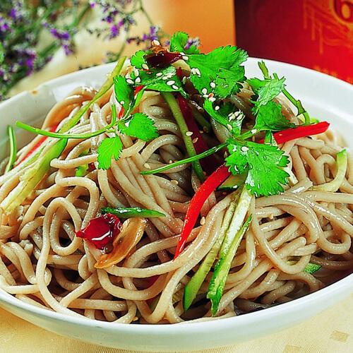 香菇石锅米线