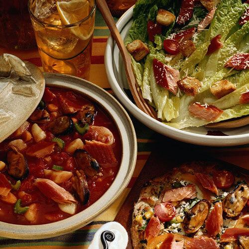 美味的铁锅炖鱼贴饼子