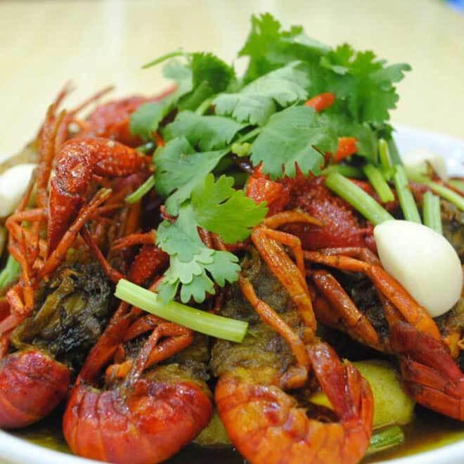 滋味的黄焖龙虾