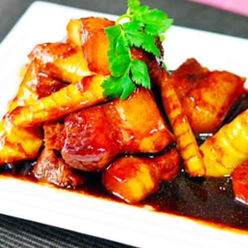 美味的酸笋焖鸭