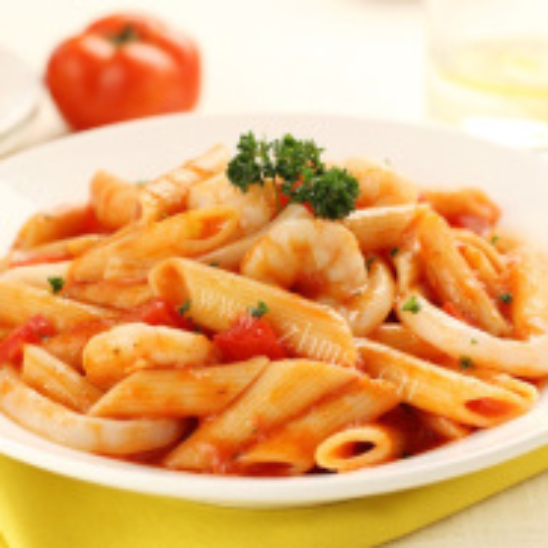 新鲜番茄甜玉米拌通心粉