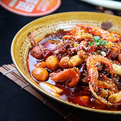 美味石锅焖鸡