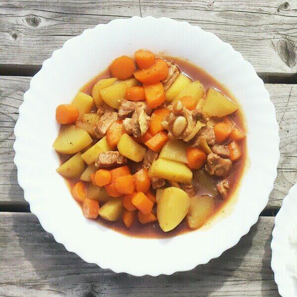 好吃的土豆炖胡萝卜