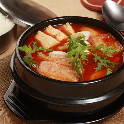 美味的韩国泡菜汤的做法