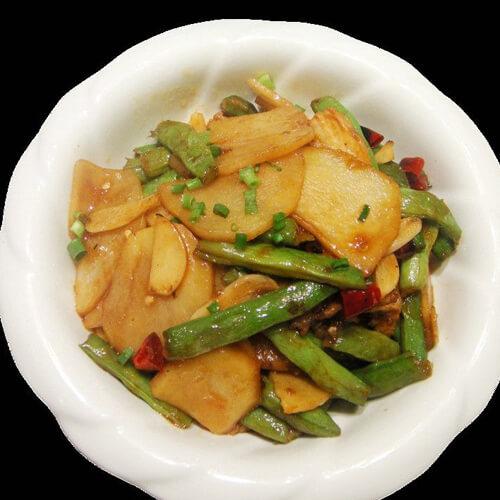 美味的土豆烧豇豆