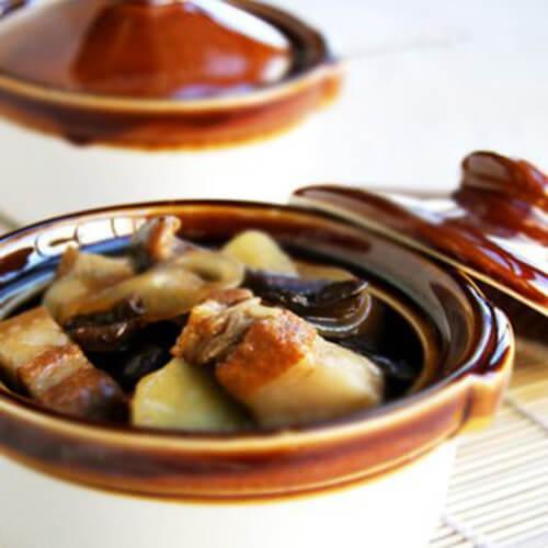 好吃的土豆炖猪肉的做法