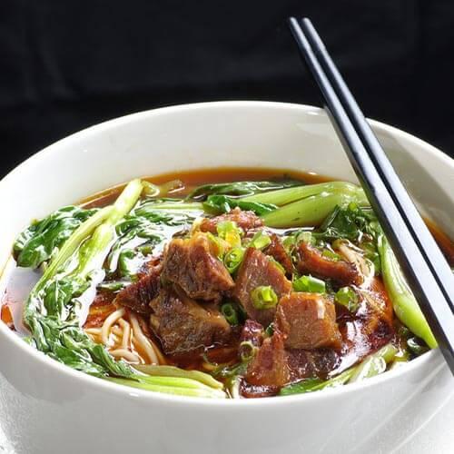 热乎乎牛肉汤面的做法