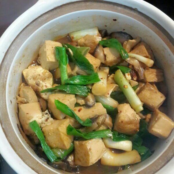 家常蒜苗炒豆腐