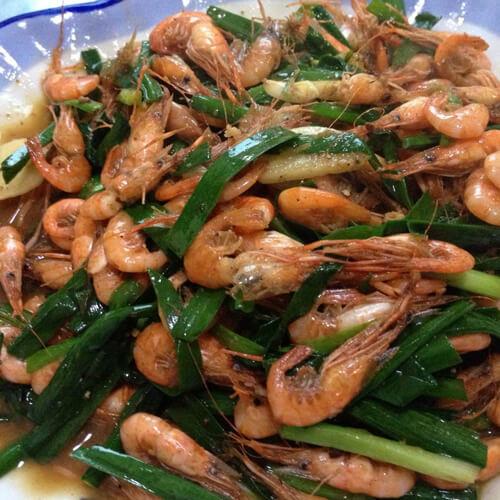 简单的虾肉炒韭菜
