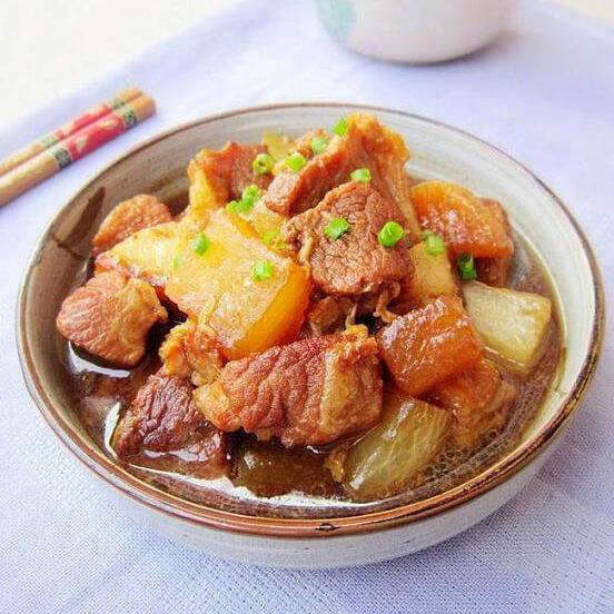 香酥炖猪肉的做法
