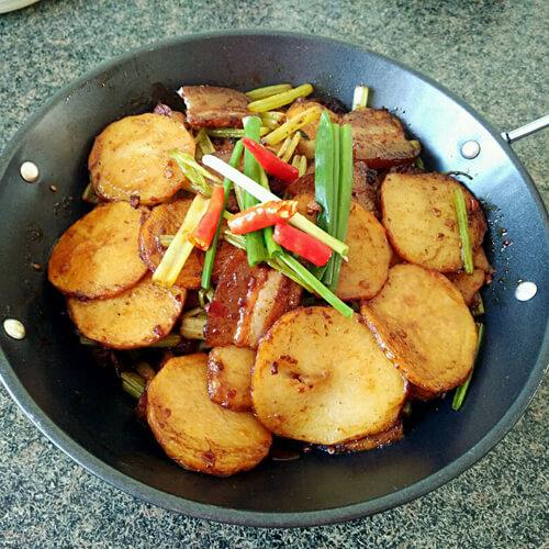 肉片泡菜土豆片