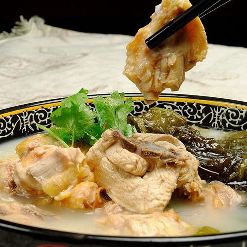 美味鸡肉炖酸菜