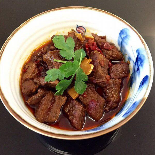 美味的川味红烧牛肉的做法