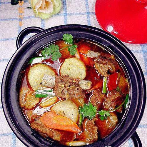 美味羊肉煲的做法