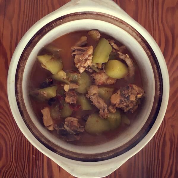 美味麻辣火锅鸡