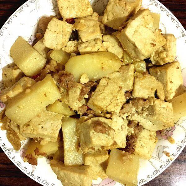 好吃的土豆炖豆腐的做法