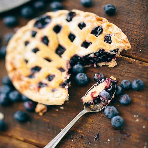 甜甜的蓝莓馅饼