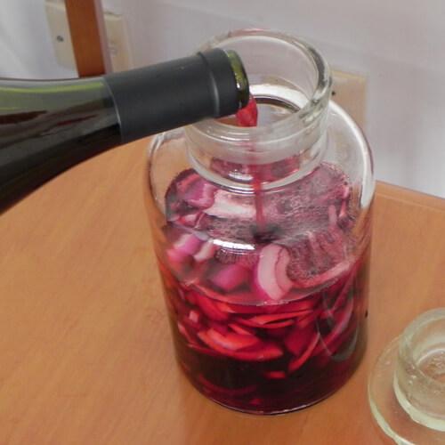 美味的洋葱葡萄酒的做法
