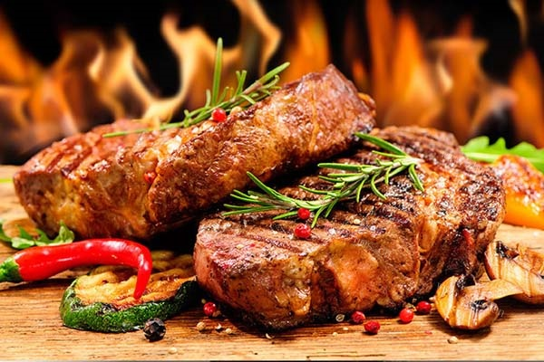 神火源石板烤肉让人流连忘返!