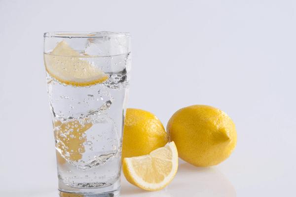 哪家饮品品牌值得加盟呢?优咖柠檬就不错
