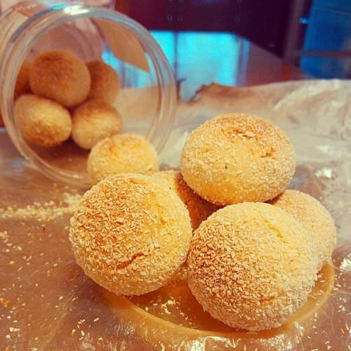 蛋黄椰丝球