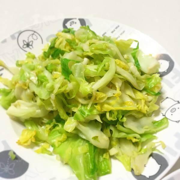 素炒卷心菜