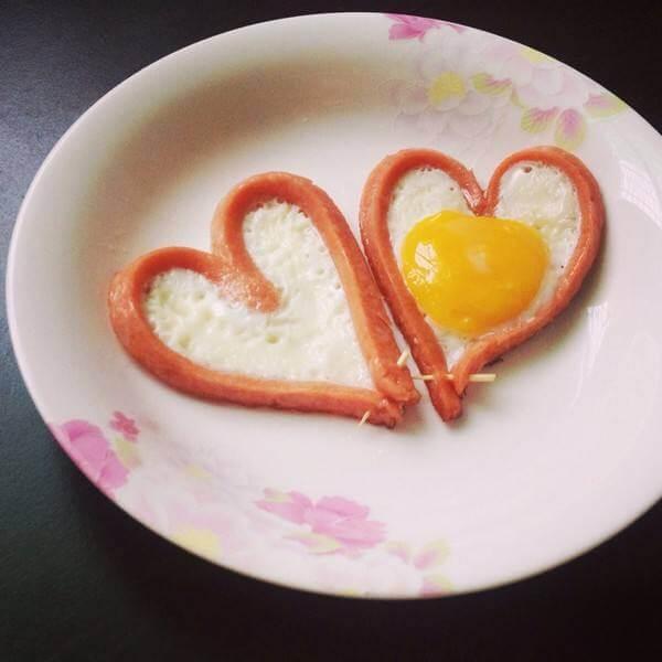 简单爱心煎蛋