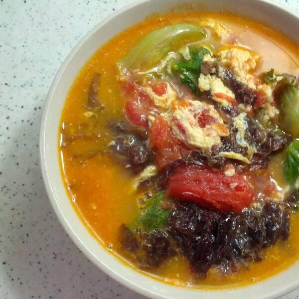 番茄紫菜蛋花汤