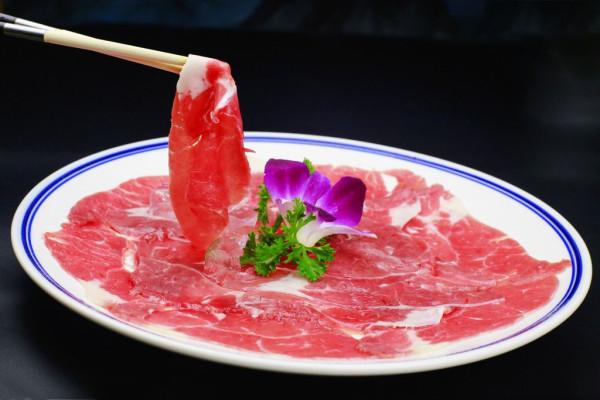 煌釜河蟹火锅加盟费|煌釜肥牛火锅吃醋条加盟的kk被肥牛图片