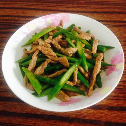 健康美味料理-芦笋炒肉丝
